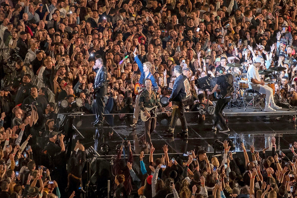 COVID-free New Zealand has arranged a rock concert with over 50,000 attendees